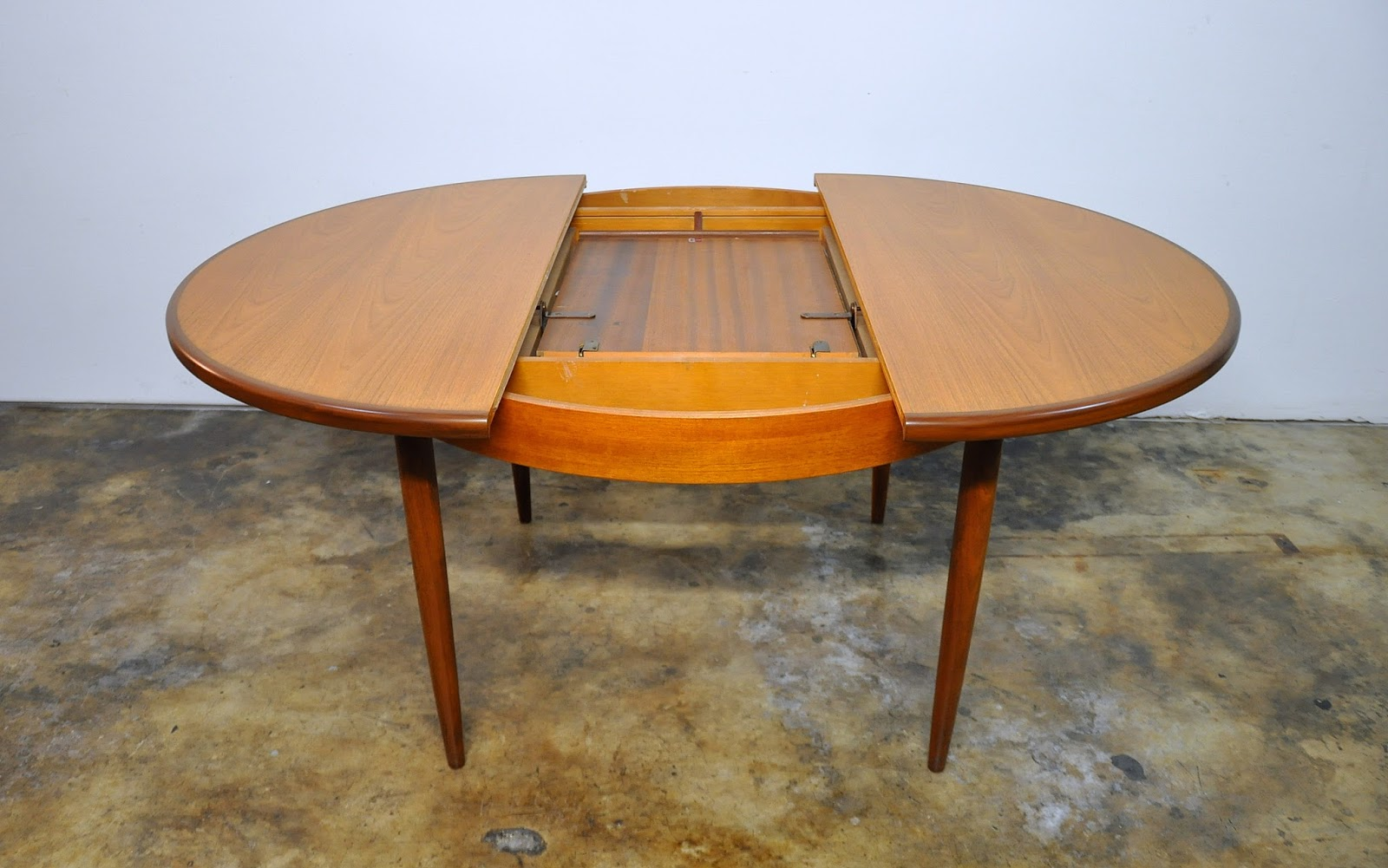 select modern v b wilkins teak expandable dining table