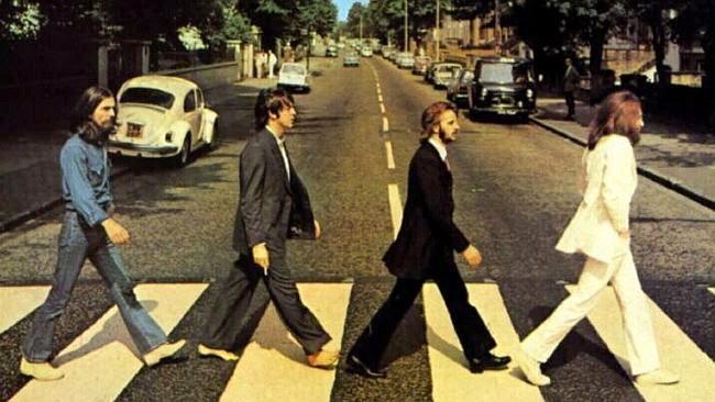 The Beatles diabadikan di Abbey Road untuk sampul album The Beatles Tahun 1969