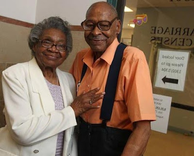 Old Couple Remarry After 50 Years