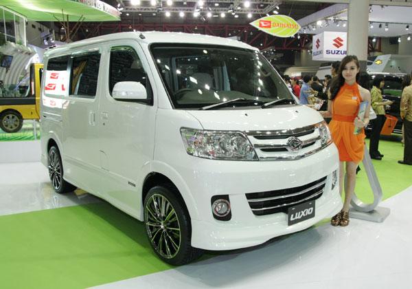 Harga Daihatsu Luxio.