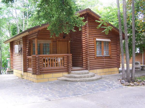 Alonso valencia for Cabanas infantiles en madera