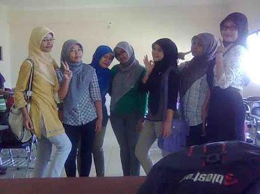 teman kelas PGSD A_2010