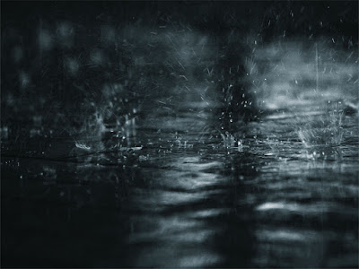 Hujan Mulai Menyapa Kota Surabaya