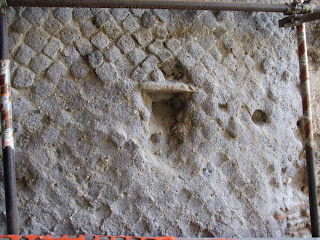 Puerta Marina  - Detalle en el muro