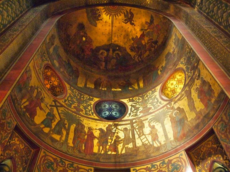Interior de la catedral de Curtea de Arges