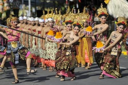 Travel-Bali-Art-Festival