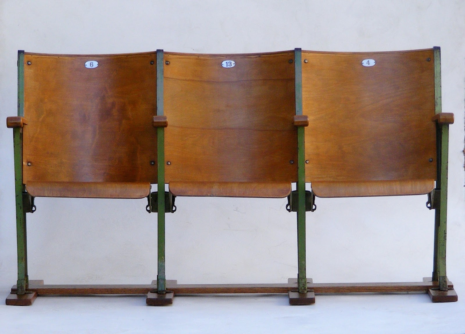 Antique theater chairs - A Pair Of Original Vintage Theater Seats 3 Chairs On Each Seats Can Go Up And Down Length 158cm Height Of Back 86cm Height Of Seat 46cm