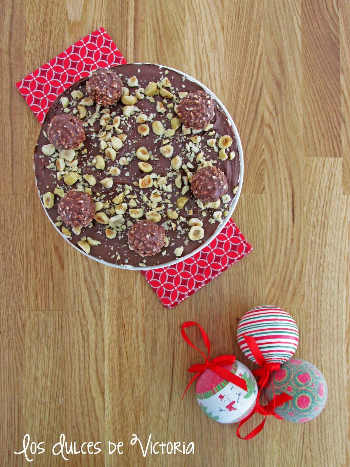 Ferrero Rocher Cheesecake o Tarta de Queso de Ferrero Rocher (sin horno)