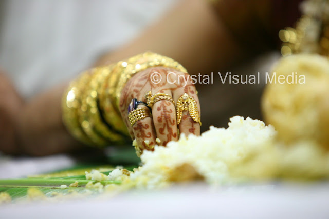 candid wedding photography in cochin
