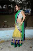 Yamini bhaskar glamorous photos-thumbnail-1