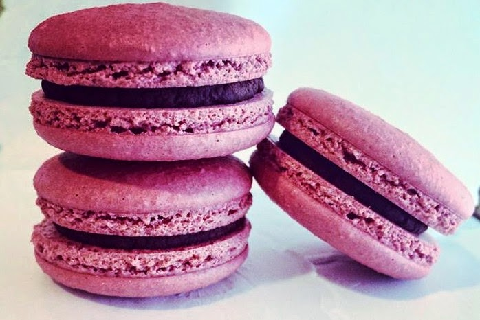 black tie and flip flops: Dark Chocolate Pomegranate Macarons - Now At ...