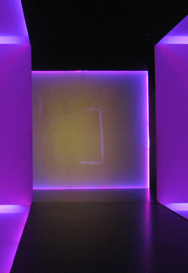 james turrell tunnel houston museum of fine arts