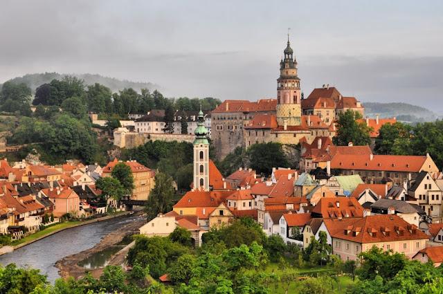Cesky Krumlov Czech Republic  City pictures : More like this: cesky krumlov , czech republic and fairy tales .