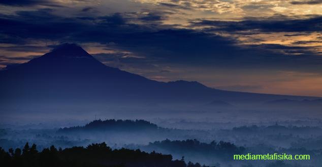 Benarkah Tanah Jawa Adalah Negeri Para Nabi? - http://mediametafisika.com