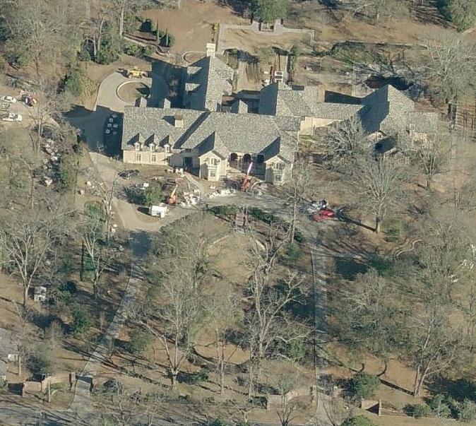 Celebrity Homes: April 2013