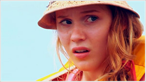 mikayla spiccia Castaway - captivi pe insula distributie anthony spanos, maia mitchell regizat de damien spiccia.