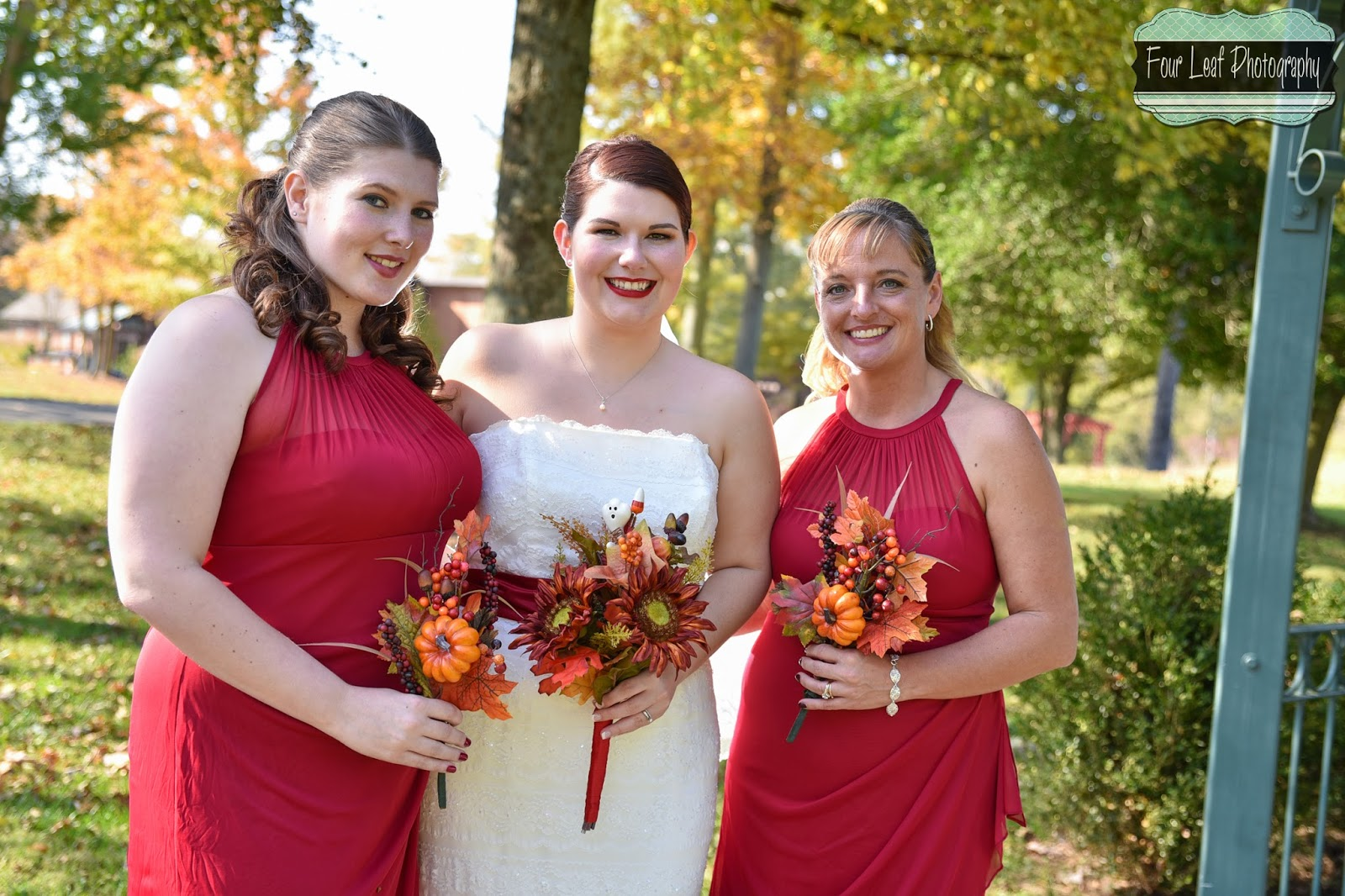 Four Leaf Photography - Louisville Wedding Photographer: October 2014