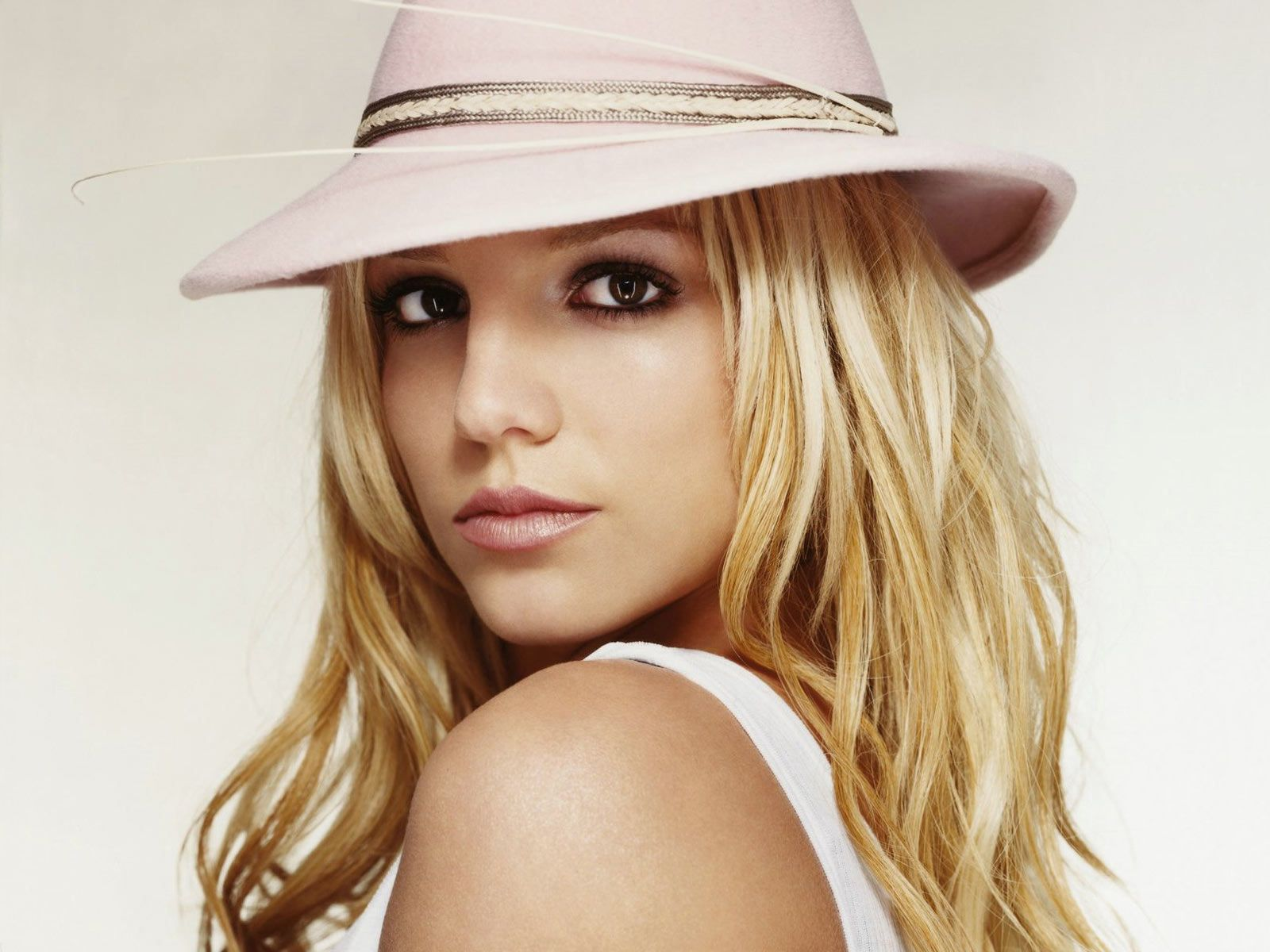 Britney Spears: Britney Spears Wallpaper Hot Britney