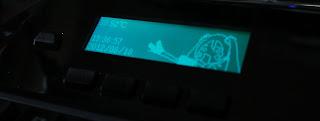 LCDでネギを振るミクさん