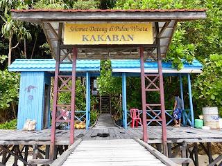 http://gallery-wisata.blogspot.com/2015/05/danau-di-kalimantan-timur-yang-wajib-anda-kunjungi.html