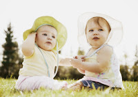 Foto Bayi Kembar