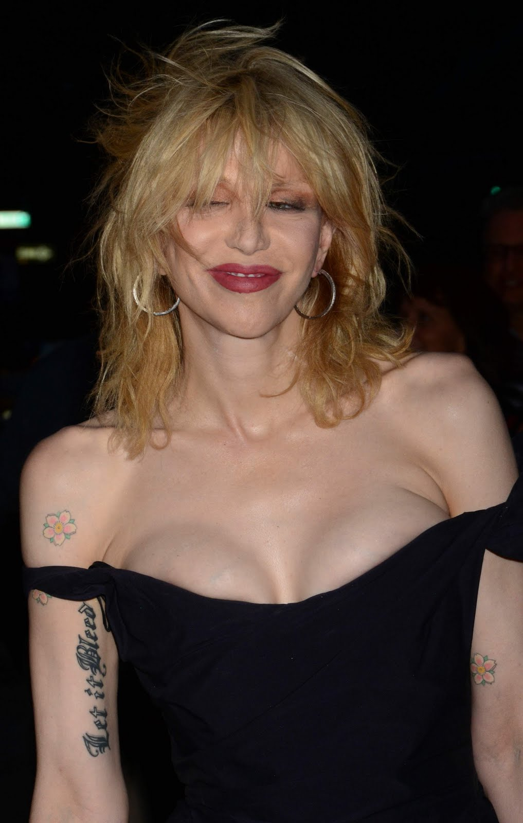 Courtney Love Drunk