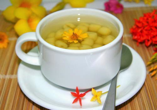 Lotus Seeds Sweet Soup (Chè Hạt Sen)