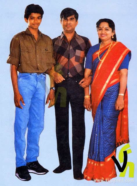 Vijay with S.A. Chandrasekaran & Shobha 1