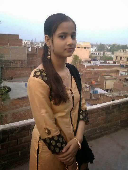 Pakistani Teenage Villages Girls Looking Nice HD Photos - New Pictures ...
