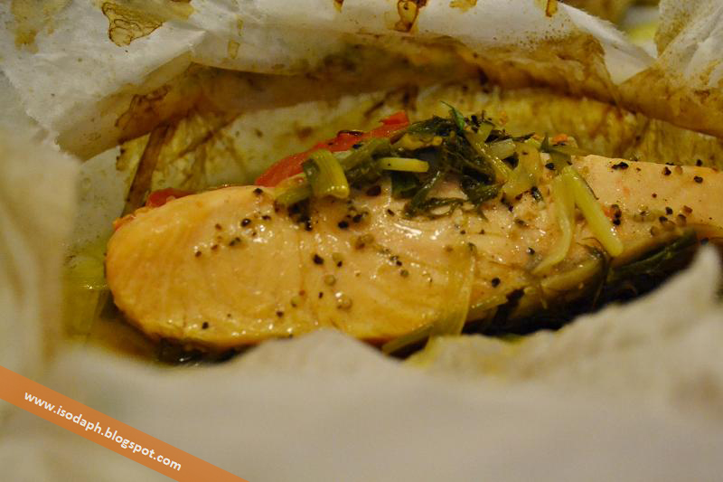 CYMA : Psari Fournou ( Salmon with fennel, dill, tomatoes ...