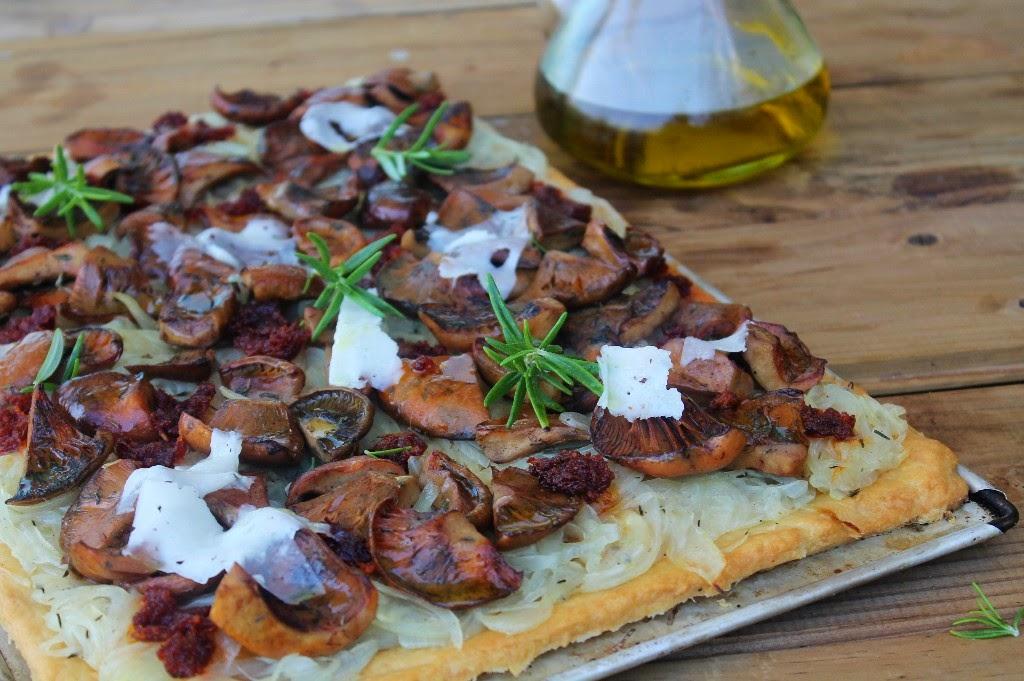 YOLANDA PINCHOLOS COOKING: Cocina de Mallorca: Coca de setas ...