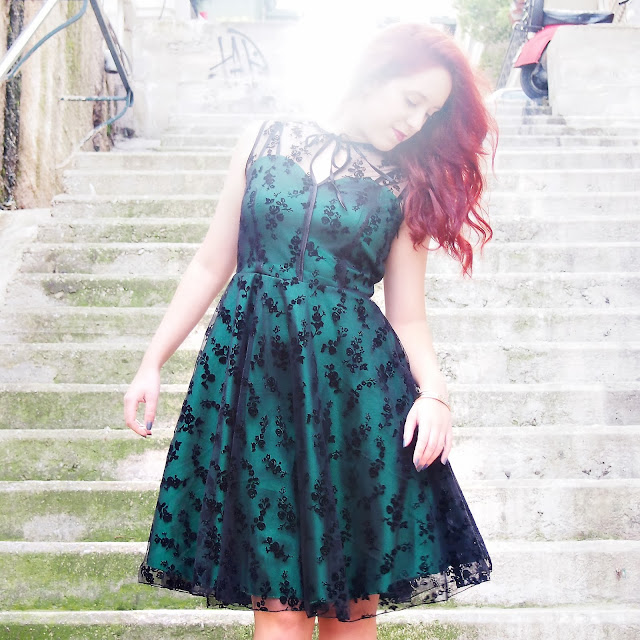 redhead, spotlights on the redhead, voodoo vixen, voodoo, vixen, lace, green dress, lace dress, migato, dyrberg/kern, dyrberg kern, fashion, model,