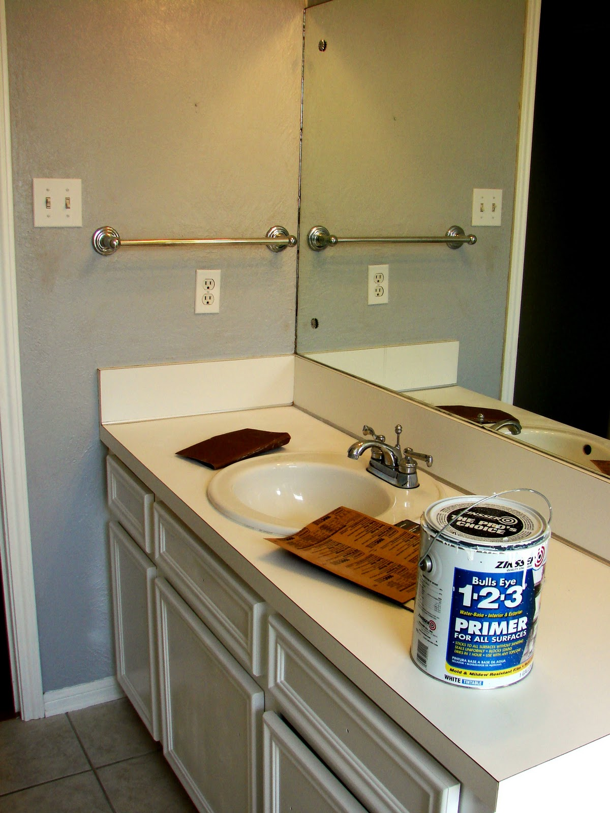 How to paint bathroom countertops - Spray Painted Bathroom Countertop