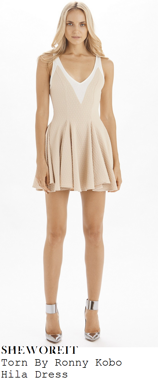billie-faiers-nude-beige-and-white-sleeveless-deep-v-neck-textured-pleated-skater-dress-towie-ad