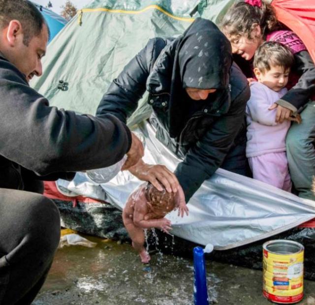 Τρόποι για να βοηθήσετε τους πρόσφυγες