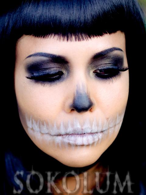 Fashionable skull makeup