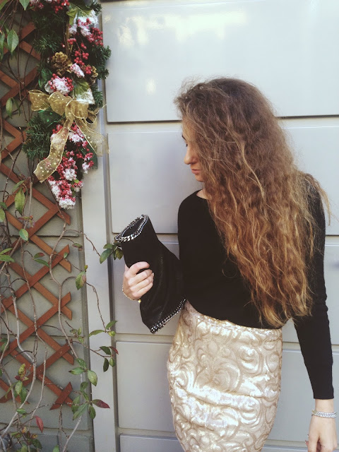 shine bright, sparkling tailor made skirt, rita and phill skirt, valentina rago, fashion blogger, fashion blog italia, fashion blogger outfit, sparkling skirt, paillettes, paillettes skirt dress, custom made, tailor made skirt