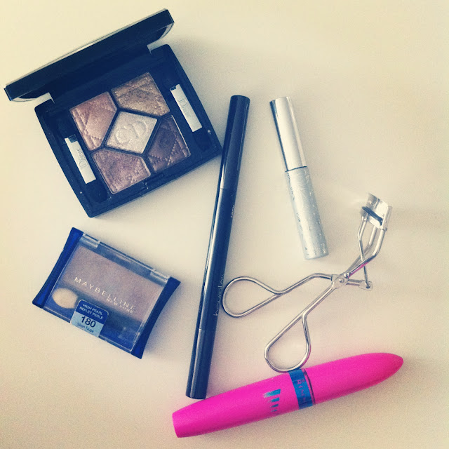Makeup, beauty, Dior Fairy Golds, Hourglass Arch Brow Sculpting Pencil, Shu Uemura Eyelash Curlers, Clinique Bottom Lash Mascara, Rimmel The Max Volume Waterproof, Maybelline Silken Taupe