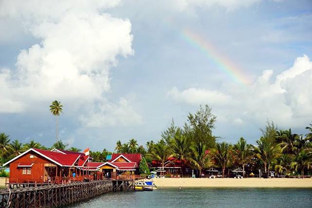 foto pemandangan pulau derawan