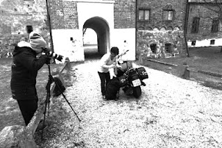 Shooting the scene where Bengt and Margareta reaches tha Borgeby Castle for a nice picnic