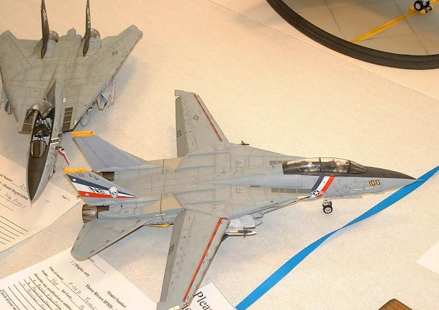 F-14 Tomcat model kits