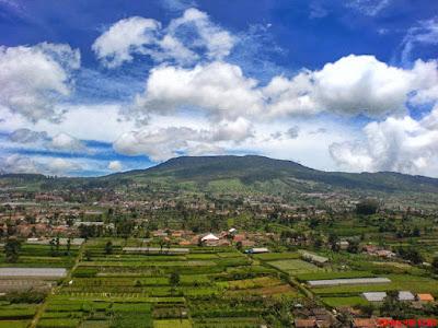 Tempat Wisata Alam di Bandung Gunung Tangkuban Perahu