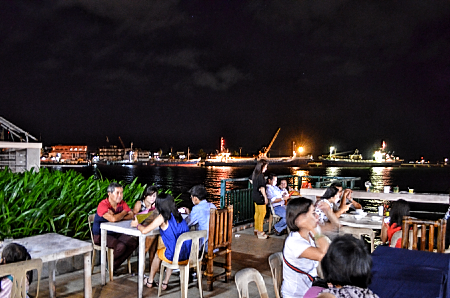 dining on deck of embarcadero de legazpi