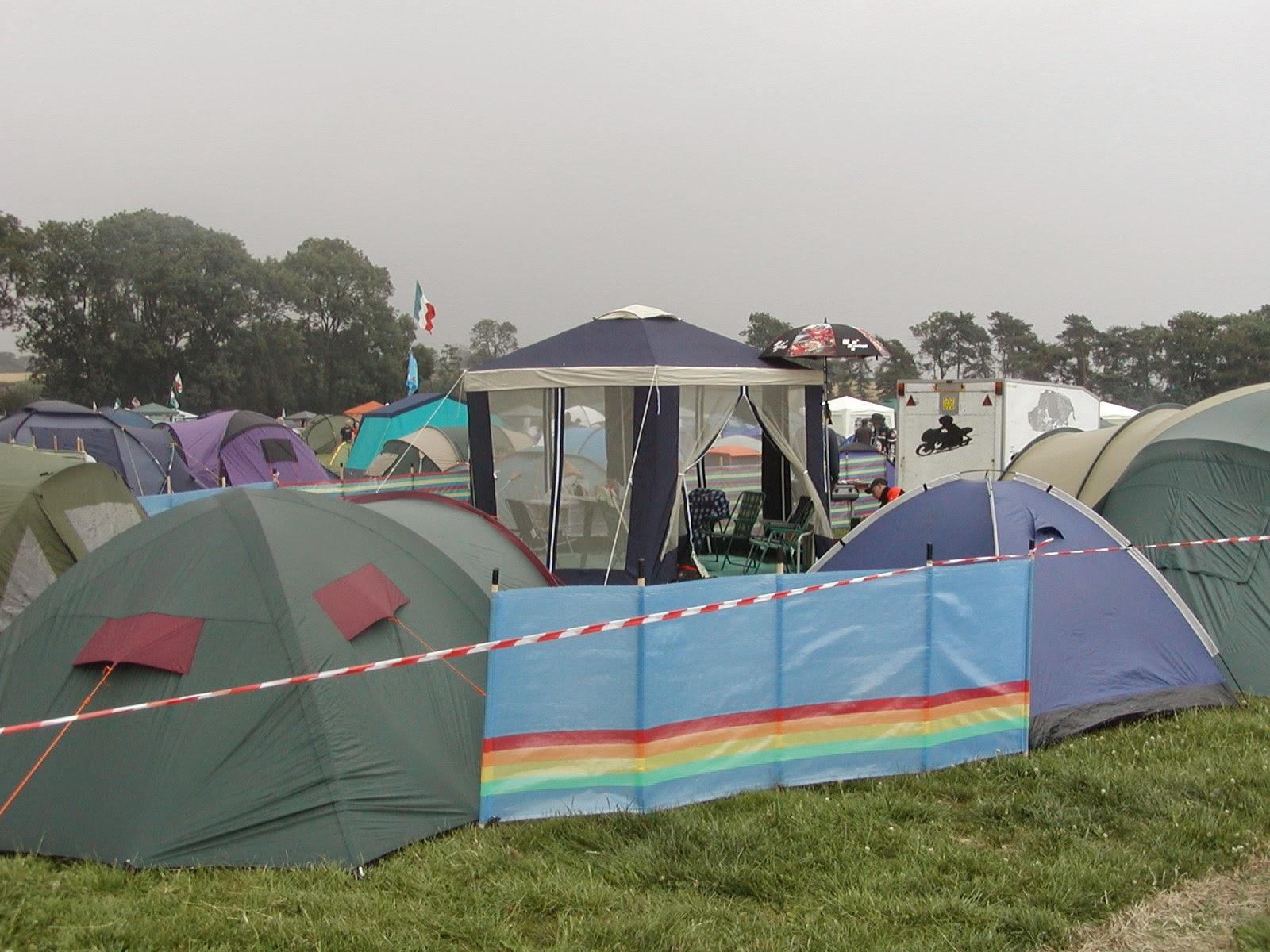 camping en el circuito de Donington Park