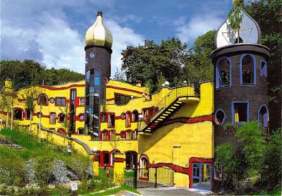 das Hundertwasser-Haus im Grugapark Essen (2005)