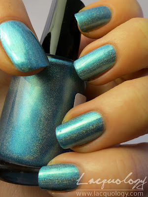 enchanted polish ocean potion swatch