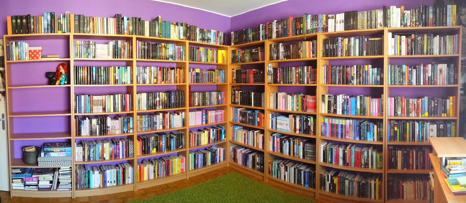 Ombre angeliche: 2000 romanzi e 11 librerie: vi mostro la mia ...