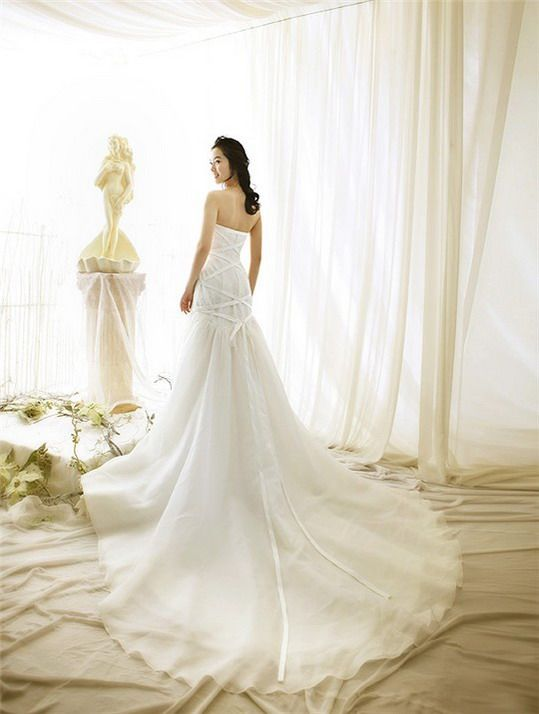 Wedding dress design wedding gown tips for buying a cheap for Cheap but beautiful wedding dresses