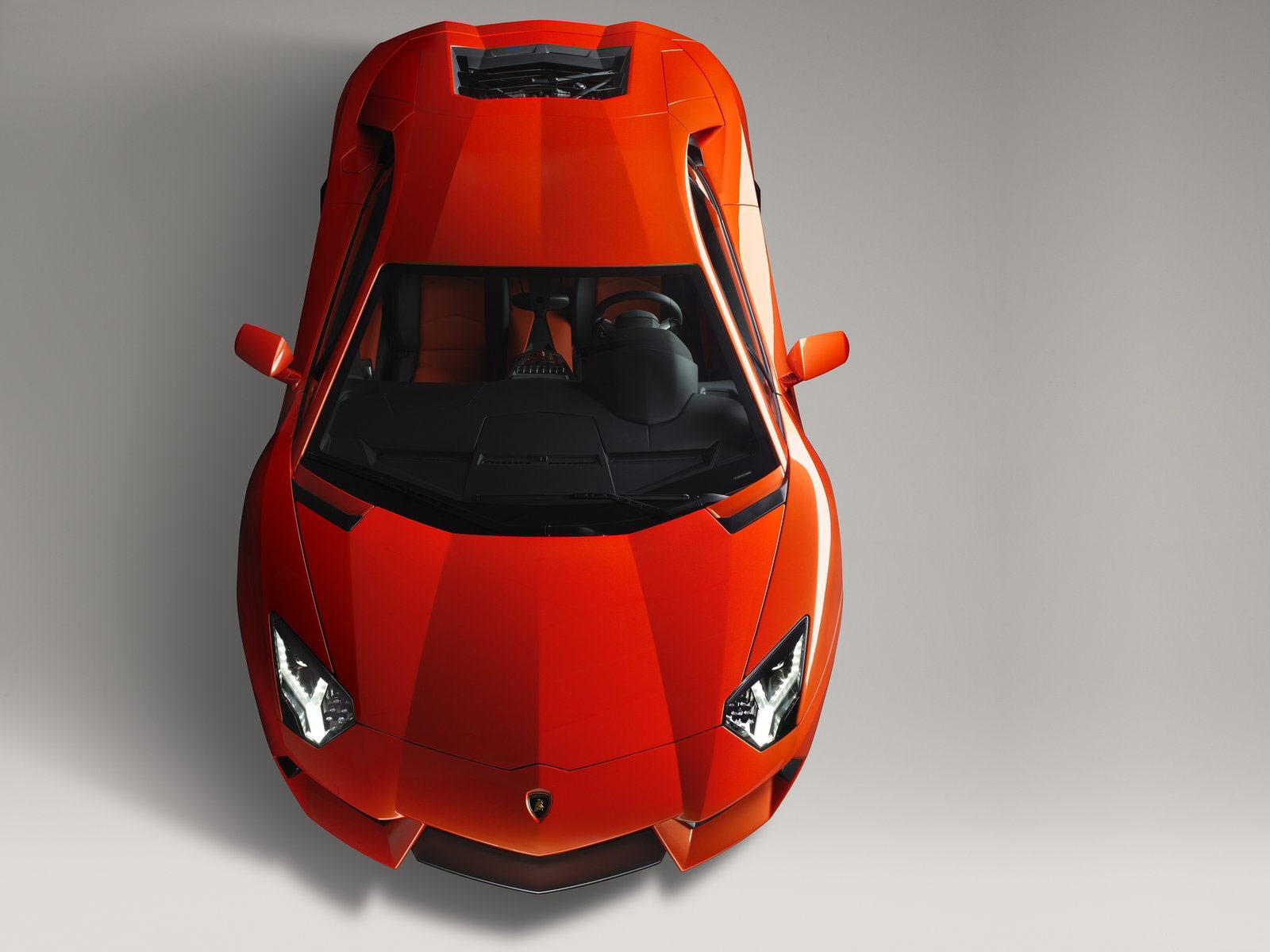 huracan comprehensive helps in cars front motion quarter insurance protection list lamborghini for top three car xti
