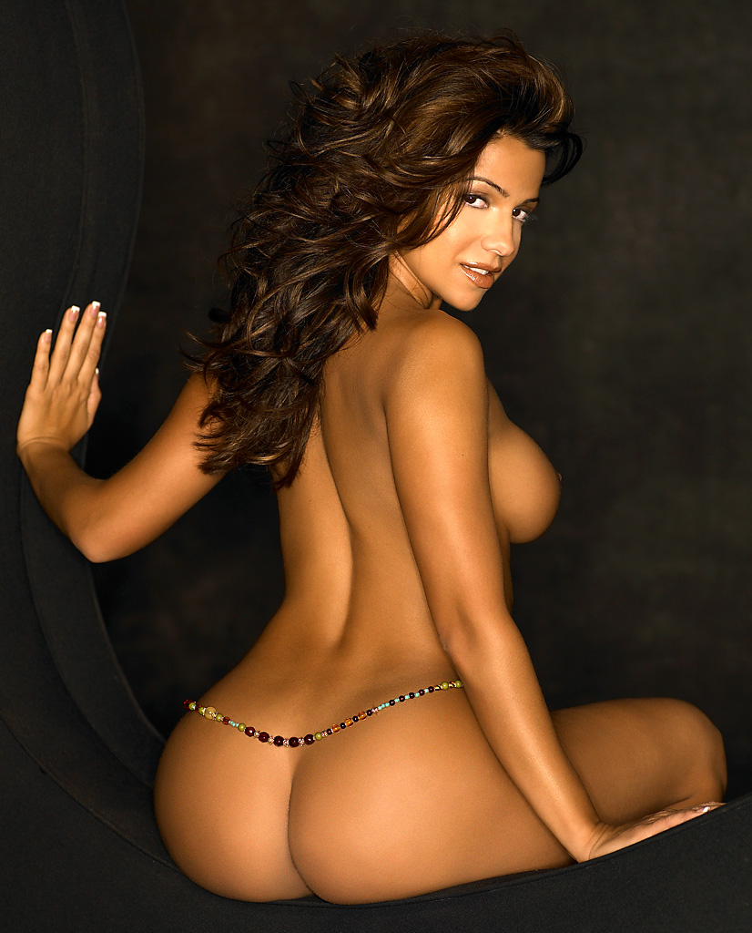Uncensored Pop: The Vida Guerra Playboy Collection
